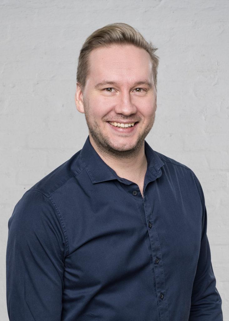 Antti Kuhmonen solisti laulaja Renki